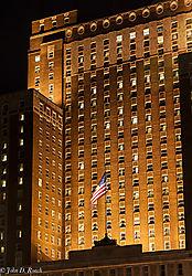 Old_Glory_at_the_Milwaukee_Hilton.jpg