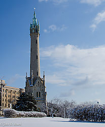 Old_Water_Tower_--_Milwaukee.jpg