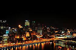 Pittsburgh_at_night.jpg