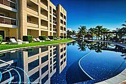 Puerto_Vallarta_Resort.jpg