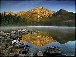 Pyrimid-Lake.jpg