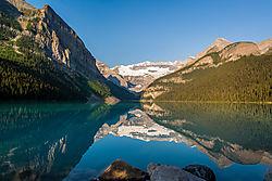 Reflections_Lake_Louise_2-5197.jpg