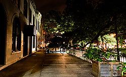 Savannah_-_Bay_St_at_Night_III.jpg