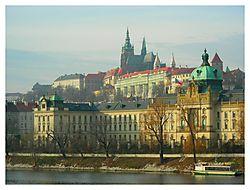 St_Vitus_Cathedral_Prague.jpg