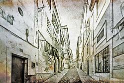 Streets_of_Lisbon_2.jpg