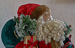 Study-of-Santa-in-Red-and-Green-PPW.jpg