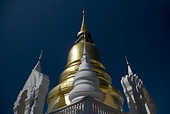 Suan_Dok_Temple_Dec_0700.jpg