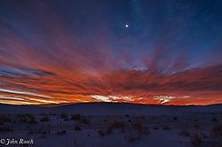 Sunrise_at_White_Sands_1.jpg