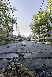 Sylamore_Creek_Swinging_Bridge_5586.jpg