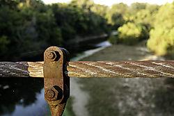 Sylamore_Creek_Swinging_Bridge_5596.jpg