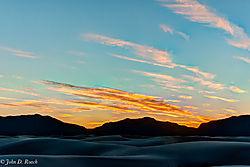 The_Sun_Has_Set_at_White_Sands.jpg