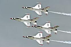Thunderbird_formation.jpg