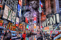 Times_Square_in_the_Rain_2.jpg