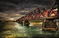 Train_Bridge_Fort_Erie_HDR.jpg