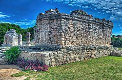 Tulum_Mayan_Ruin_3.jpg