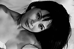 Tuyet_in_Bed-2-2.jpg