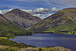 Wastwater_and_Great_Gable.jpg