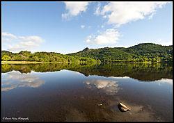 West_side_of_Loch_Achray_towards_Ben_A_an.jpg