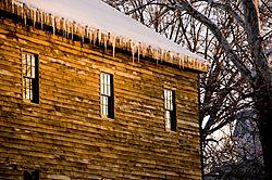 Winter_barn.jpg