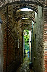 alley3.jpg