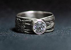 diamond_cz_ring_too.jpg
