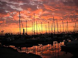 www_nikonians_org_includes_snippets_lookup_image_name_5868DSCN0148_shoreline_pink_sunrise.jpg