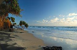 86715Rainbow_Beach.jpg
