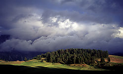 86001sunray_through_the_clouds.jpg