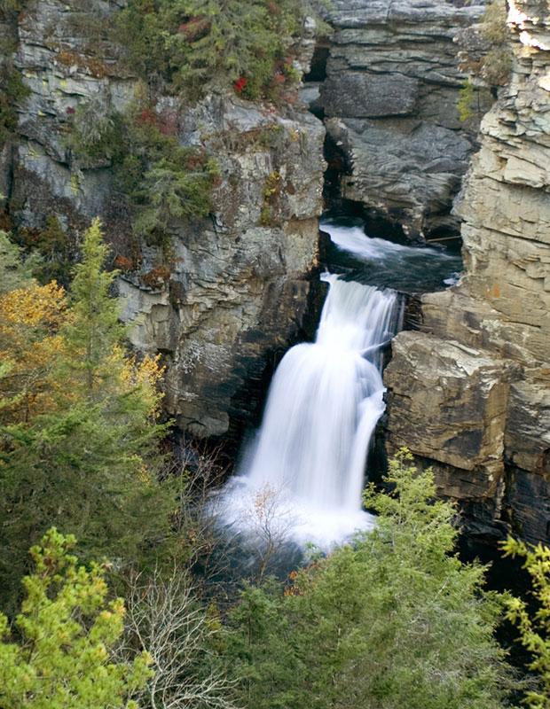 92152Linville-Falls