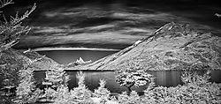 Lago_del_Desierto_Cabecera_Norte_79_pics_3_col_85_mm_infrared.jpg
