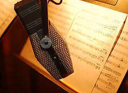 27900Microphone1-Nikonians.jpg