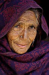 135422Kashmir_Woman.jpg