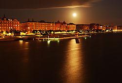 CopenhagenAtNight.jpg