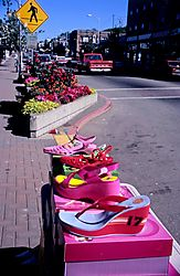 14694PAstreet-ShoesWalk-Sign-web.jpg