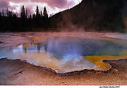 geyserspool_blue.jpg