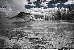sulfur-cauldron1web.jpg