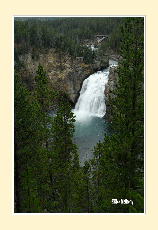 Upper-Yellowstone-Falls