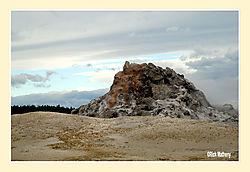 White-Dome-Geyser.jpg