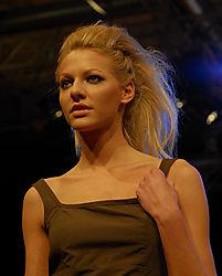 LND5445_-_Fashion_Model.jpg