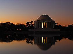 Jefferson_Memorial_1_S.jpg