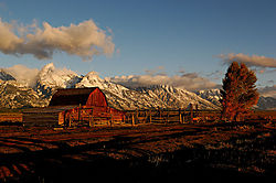 Mormon-row-barn---web.jpg