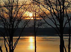 Sunrise_Elk_River.jpg