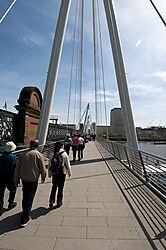 London_eye_bridge.jpg