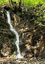 Rydal_Waterfall.jpg