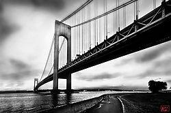 verazzano_bridge_cyclist_nik.jpg