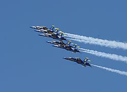 AJE-20081012-164022-0385_-_Blue_Angels_1-6.jpg