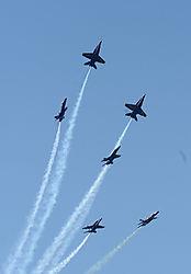 AJE-20081012-164209-0389_-_Blue_Angels_1-6_split.jpg