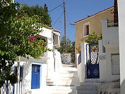 Back_street_on_a_Greek_island.jpg