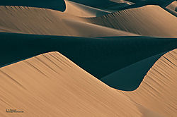 6_Death_Valley_Dunes_1.jpg