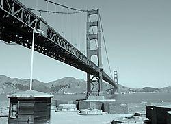 Fort_Point_at_Golden_Gate_Bridge.jpg